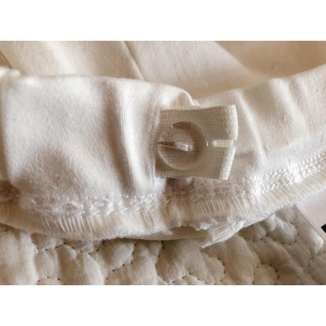 GU(ジーユー)のGU*キッズ白パンツ*140 キッズ/ベビー/マタニティのキッズ服 女の子用(90cm~)(パンツ/スパッツ)の商品写真