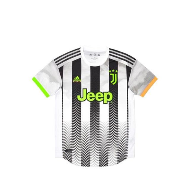 adidas(アディダス)のPalace✖️Juventus✖️Adidas サッカー ユベントス  パレス メンズのトップス(Tシャツ/カットソー(半袖/袖なし))の商品写真