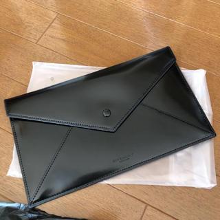 ジバンシィ(GIVENCHY)の【新品未使用】GIVENCHYクラッチバッグ(クラッチバッグ)