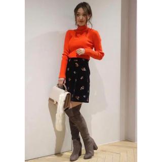 マーキュリーデュオ(MERCURYDUO)のマーキュリーデュオ フラワー刺繍ベロアスカートセット販売(ミニスカート)