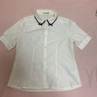 フィント(F i.n.t)のブラウス(シャツ/ブラウス(半袖/袖なし))