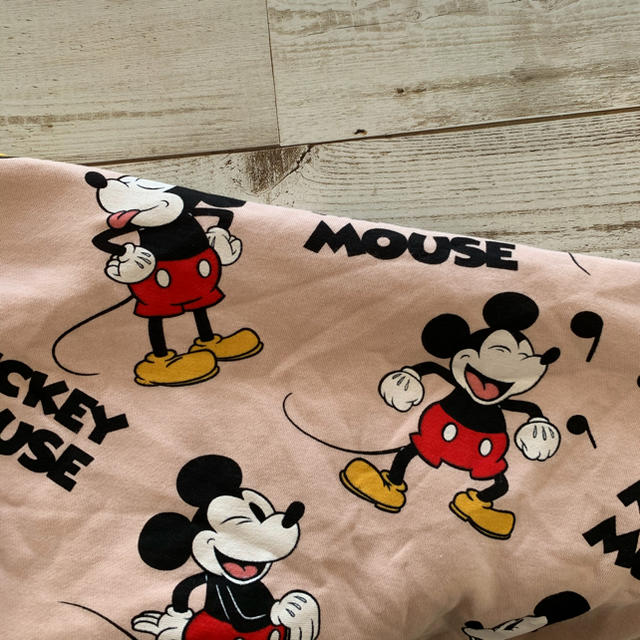 Disney(ディズニー)のミッキー あったか裏起毛トレーナー生地 ハンドメイドの素材/材料(生地/糸)の商品写真