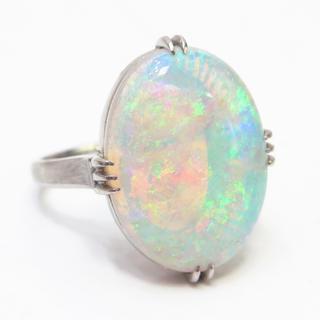 ホワイトオパール リング 指輪 9号 pt850(pm刻印)(リング(指輪))