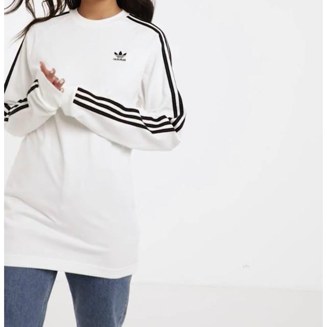 adidas(アディダス)のadidas 海外限定 ロンT レアサイズ UK XS アディダス ロゴ   レディースのトップス(Tシャツ(長袖/七分))の商品写真