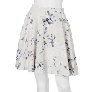 マーキュリーデュオ(MERCURYDUO)のMERCURYDUO 花柄 フレア スカート(ミニスカート)