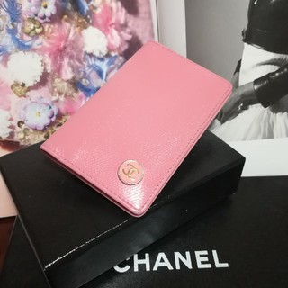 CHANEL - シャネルココボタン♥ピンクカードケース名刺入れ