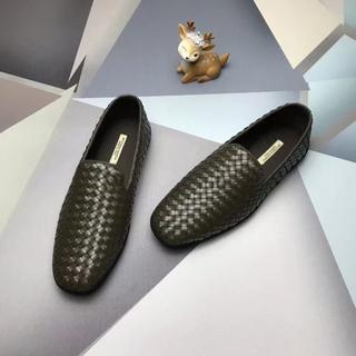 ボッテガヴェネタ(Bottega Veneta)の牛革 大人気 Bottega Veneta メンズ スニーカー ビジネスシューズ(スニーカー)