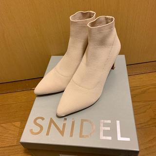 スナイデル(snidel)のニットショートブーツ スナイデル (ブーツ)