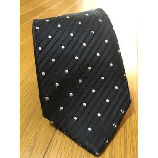 シップス(SHIPS)のSHIPS シップス ネクタイ  紺色 光沢 100% シルク 日本製(ネクタイ)