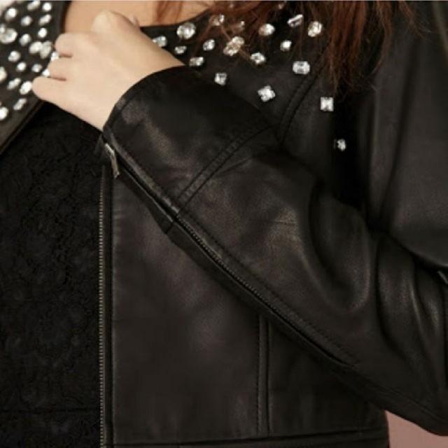rienda(リエンダ)のrienda プレミアムビジューライダース レディースのジャケット/アウター(ライダースジャケット)の商品写真