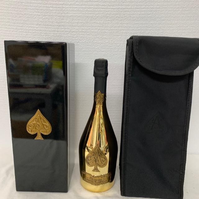 アルマンド ゴールド750ml  箱入カバー付き 食品/飲料/酒の酒(シャンパン/スパークリングワイン)の商品写真