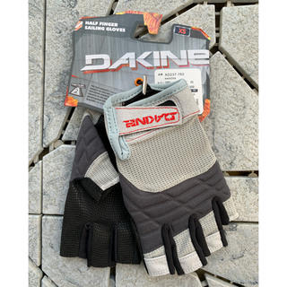 ダカイン(Dakine)の⚫︎新品 DAKINE ダカイン セーリンググローブ XSサイズ 送料無料(その他)