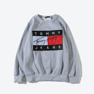 TOMMY HILFIGER - TOMMY トレーナー パーカー 暖かい カジュアル おしゃれ ロゴ刺繍