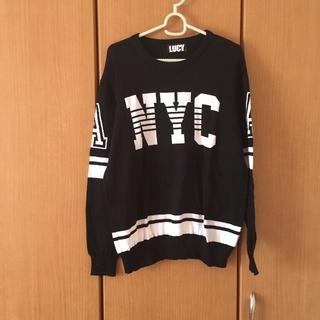 ウィゴー(WEGO)のロゴ入り黒ニット(ニット/セーター)