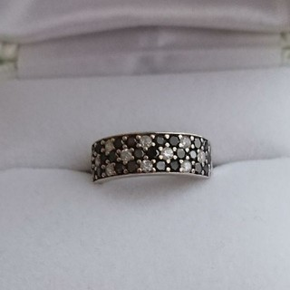 ブラック&ホワイト ダイヤモンドリング(リング(指輪))