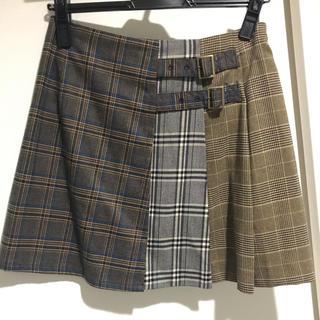 レディアゼル(REDYAZEL)のレディアゼル  スカート【美品】(ミニスカート)