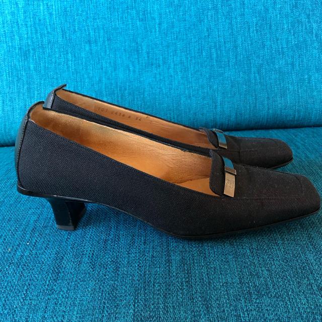 Gucci(グッチ)の美品グッチキャンバスパンプス34ブラックプラダフェラガモ ヴィトン  レディースの靴/シューズ(ハイヒール/パンプス)の商品写真