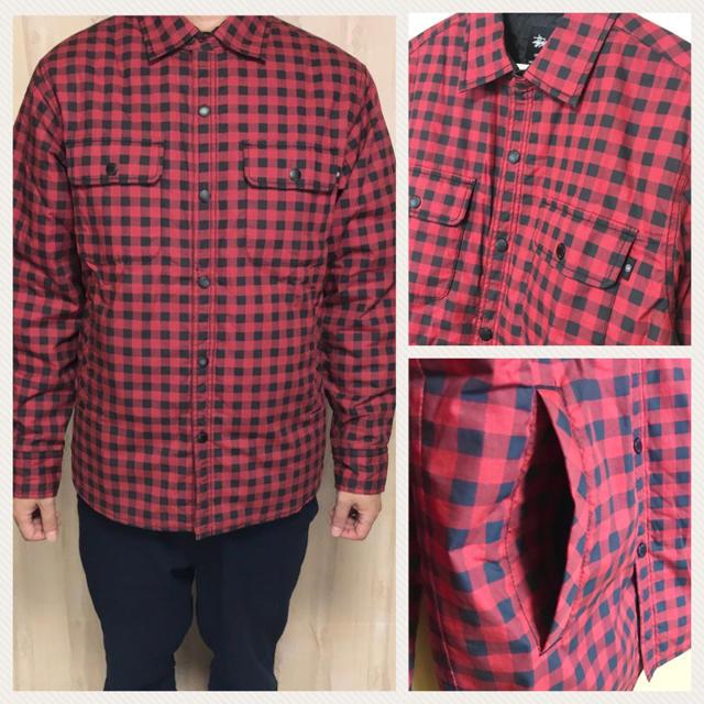STUSSY(ステューシー)の★美品★STUSSY キルティングジャケット チェックシャツ風 メンズ 赤 黒 メンズのジャケット/アウター(ブルゾン)の商品写真