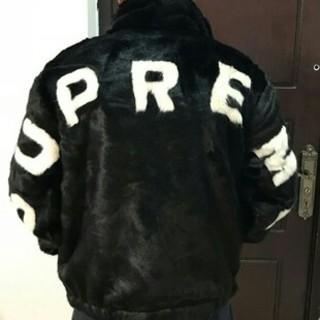 シュプリーム(Supreme)のSupreme Faux Fur Bomber Jacket(毛皮/ファーコート)