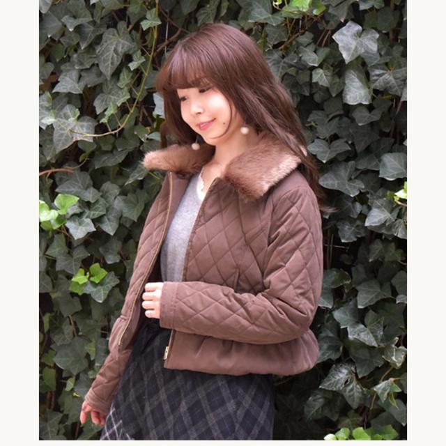 axes femme(アクシーズファム)のキルティングジャケット レディースのジャケット/アウター(ノーカラージャケット)の商品写真