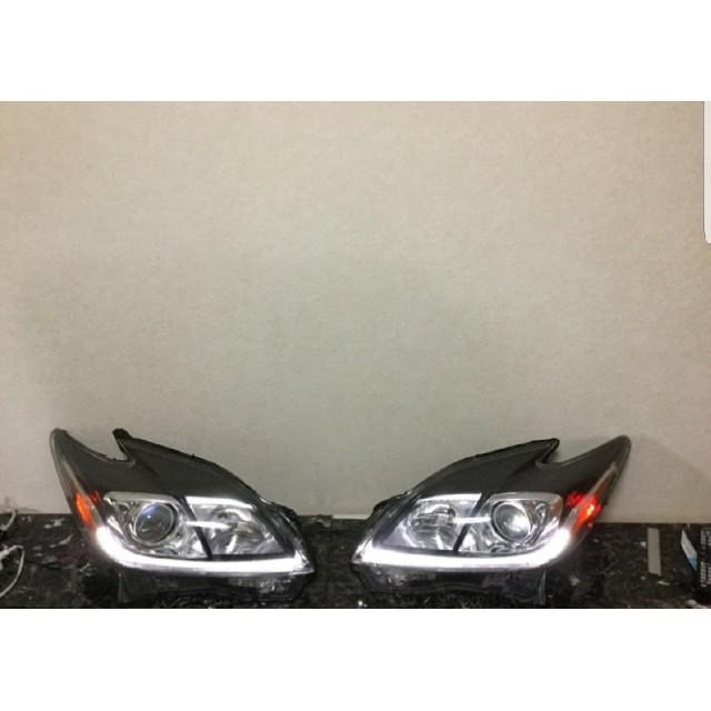 短期値下げ!30プリウス US仕様 後期HIDヘッドライト 自動車/バイクの自動車(車種別パーツ)の商品写真
