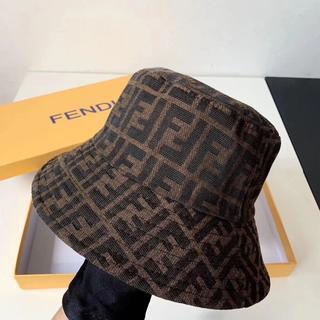 フェンディ(FENDI)のFENDI バケットハット(キャップ)