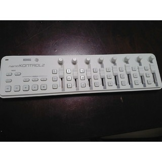 コルグ(KORG)のnano control2(MIDIコントローラー)