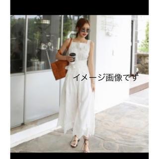 ザラ(ZARA)のお値下 未使用 ZARA basic  サロペット オールインワン  白裾レース(サロペット/オーバーオール)