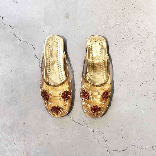 mystic(ミスティック)のベトナムサンダル♡23から23.5gold レディースの靴/シューズ(サンダル)の商品写真