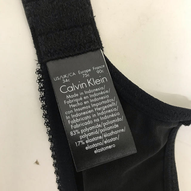 Calvin Klein(カルバンクライン)の新品 カルバンクライン  ブラジャー 34C ブラ 4 レディースの下着/アンダーウェア(ブラ)の商品写真