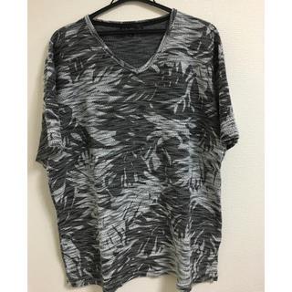 アベイル(Avail)のAVAIL 半袖Vネックカットソー(Tシャツ/カットソー(半袖/袖なし))