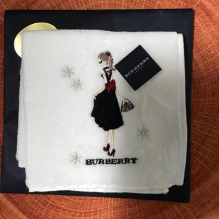 BURBERRY - バーバリー タオルハンカチ 女の子 刺繍