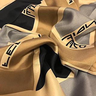 FENDI - 極美品  日本未入荷 フェンディ スカーフ シルク  BIG ズッカ柄
