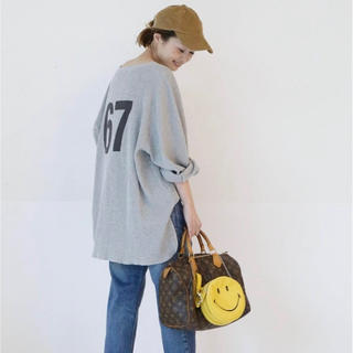 DEUXIEME CLASSE - ドゥーズィエムクラス ☆CALUX フットボールシャツ