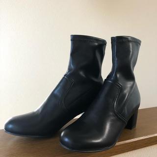 トゥデイフル(TODAYFUL)のmiddle grace boots  black(ブーツ)
