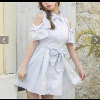 LIZ LISA - LIZLISA/肩出しワンピース/花柄刺繍入り/リボン付き/デート服に/匿名配送