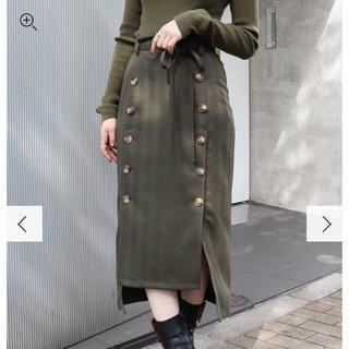 ムルーア(MURUA)のボタンスリットIラインスカート 今期(ひざ丈スカート)