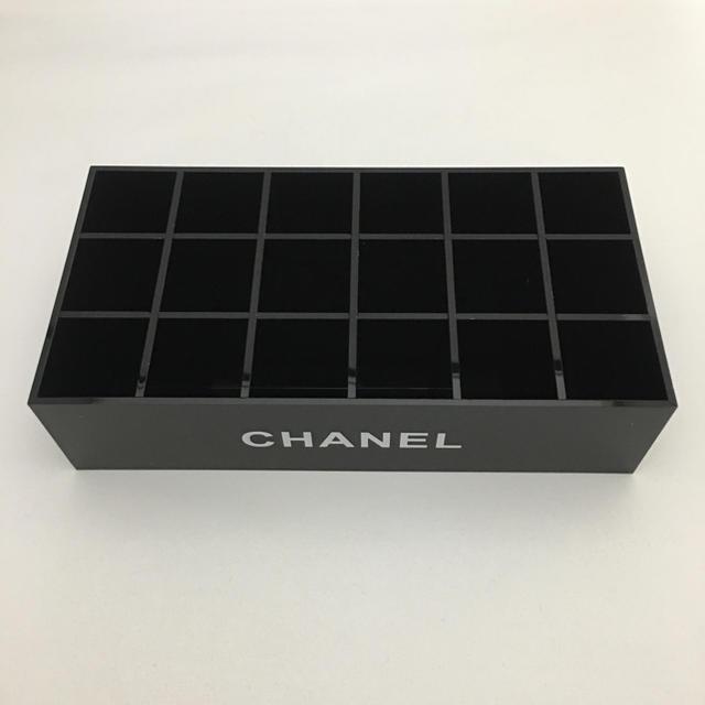 CHANEL(シャネル)のマニキュア リップ ケース 小物入れ (18)非売品 インテリア/住まい/日用品のインテリア小物(小物入れ)の商品写真