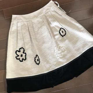 トゥービーシック(TO BE CHIC)のTO BE CHIC  フラワービーズ切り替スカート  40(ミニスカート)