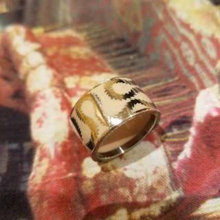 ヴィヴィアンウエストウッド(Vivienne Westwood)のヴィヴィアン スクイグルリング(リング(指輪))
