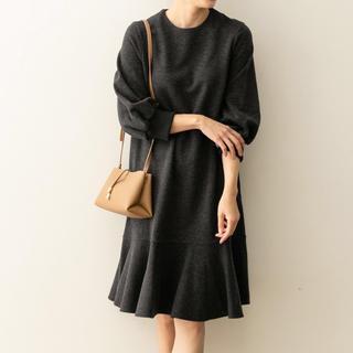 アーバンリサーチロッソ(URBAN RESEARCH ROSSO)の裾フレアワンピース(ひざ丈ワンピース)