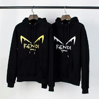 FENDI - 2枚10000円送料込み 男女兼用 パーカー  长袖 美品