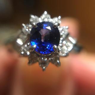 ロイヤルブルーが美しい!天然サファイアとダイヤモンドのリング(リング(指輪))