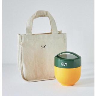 スライ(SLY)の【デソンたんさん専用】【新品未使用】SLY ノベルティWARMYLUNCHBOX(弁当用品)