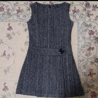 スピーガ(SPIGA)の大きなボタンのジャンパースカート(ひざ丈ワンピース)