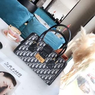 Dior - Dior ハンドバッグ 大容量