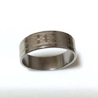 同時購入で300円ステンレス指輪 プラス模様(リング(指輪))