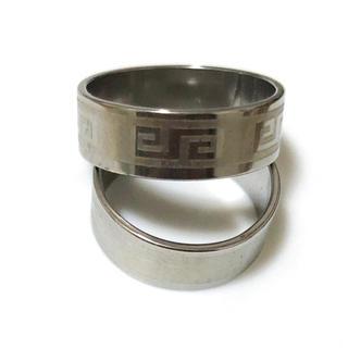 同時購入で300円ステンレス指輪 雷紋シルバー色(リング(指輪))