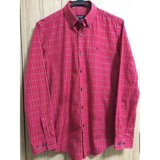 バーバリー(BURBERRY)の美品。レッドノバチェックシャツ。(シャツ)