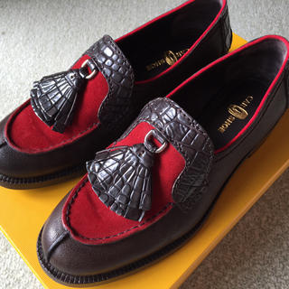 美品バイカラータッセルローファー(ローファー/革靴)
